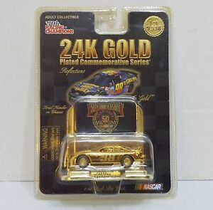 NEW-98-Racing-Champions-24K-Gold-034-Thorn-Apple-Valley-034-1-64-Diecast-2742