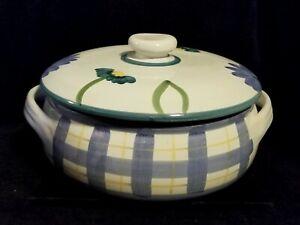 Hand-Painted-Caleca-Arioso-Blue-White-Lattice-Stoneware-Covered-Casserole-Italy