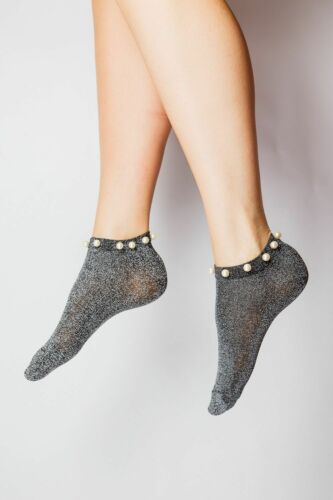 Ladies//Womens New Sparkle Trainer socks with Pearl style beads around the Ankle