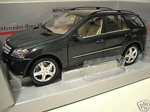 Mercedes 4x4 M-class 2005 Vert Foncé 1/18 Minichamps 150034502 Voiture Miniature