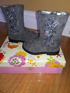 Laura Ashley Flower Bootie LA84119 Girls' Toddler Boot, Gray,  Size 6