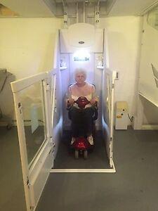 seniorenlift rollstuhl lift hebeb hne fahrstuhl aufzug treppenlift behinderten ebay. Black Bedroom Furniture Sets. Home Design Ideas