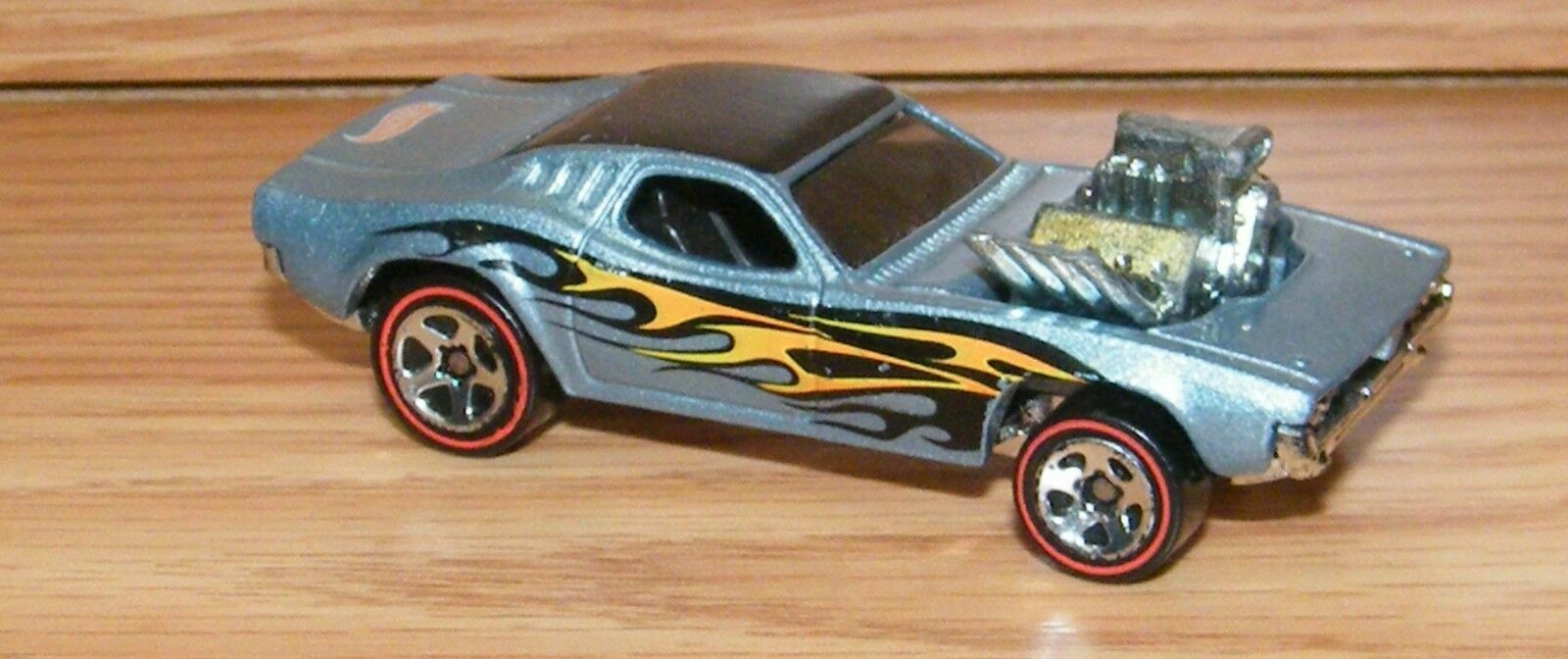 Hot Wheels Rodger Dodger Collectible Toy Die Cast Car Only READ