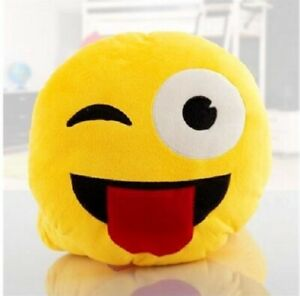 Emoji Cuscini.Emoticon Cuscino Occhiolino Con Lingua Emoji Ebay