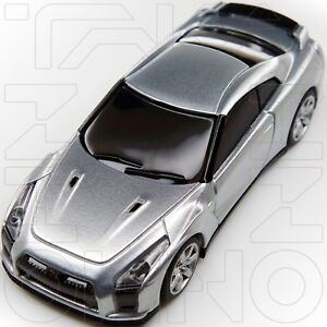 NISSAN GT-R R35 PROTO RACING SPIRIT COLLECTION UCC 1:64