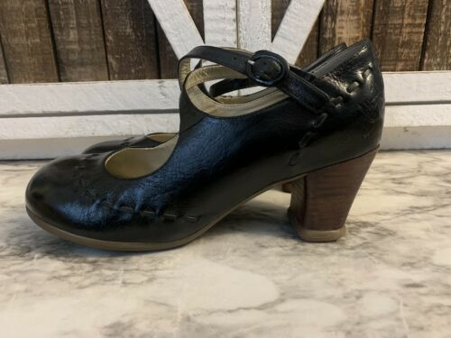 JOHN FLUEVOG Black Leather Mary Janes Heels 8.5