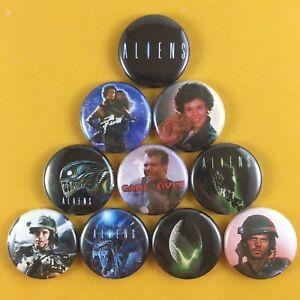 Aliens-1-034-Button-Pin-Set-James-Cameron-Xenomorph-Ripley-Bill-Paxton-Horror-SciFi