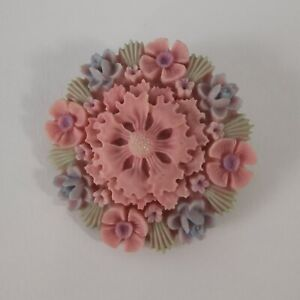 Vintage-Floral-Early-Plastic-Pastel-Pink-Blue-Celluloid-Brooch-1950s-Fifties