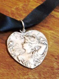 Heart Pendant Necklace Art Nouveau Style Woman Vintage 1960s NEW OLD STOCK