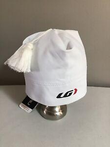 LG Louis Garneau Igloo 2 Hat Beanie Pom Tassel White Size M #31014364 NWT D3