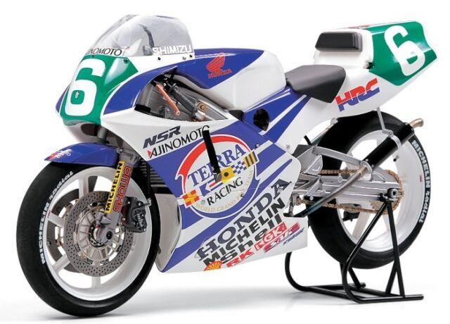 Tamiya 14110 1/12 Scale Motorcycle Model Kit Ajinomoto-Honda NSR250 WGP250 '90