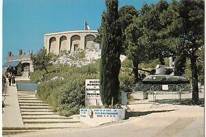 BF20040-toulon-la-tour-beaumont-le-char-provence-france-front-back-image