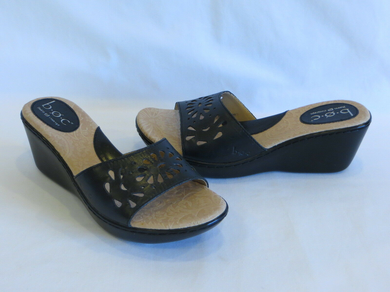 B.O.C. Born Concept  Yadira  Black Leather Sandals Wedge Heels Slides - 6M 36.5