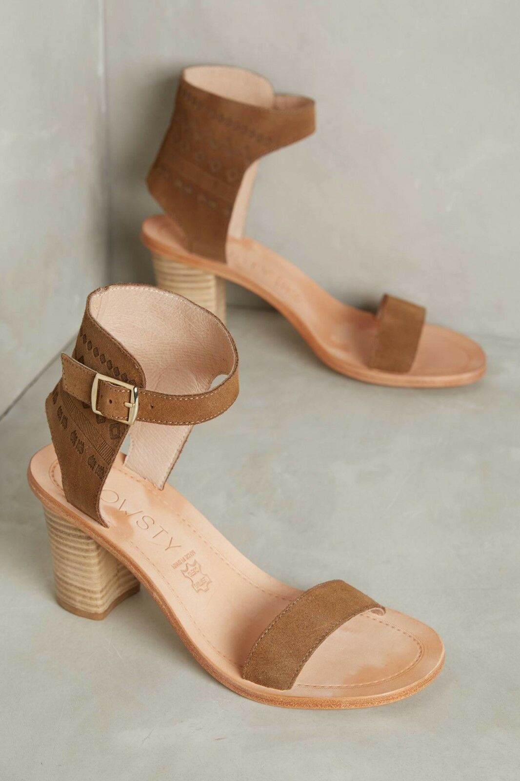Howsty Women's Celia Leather Leather Leather Heeled Sandals Retail  275 Size 7 841af6