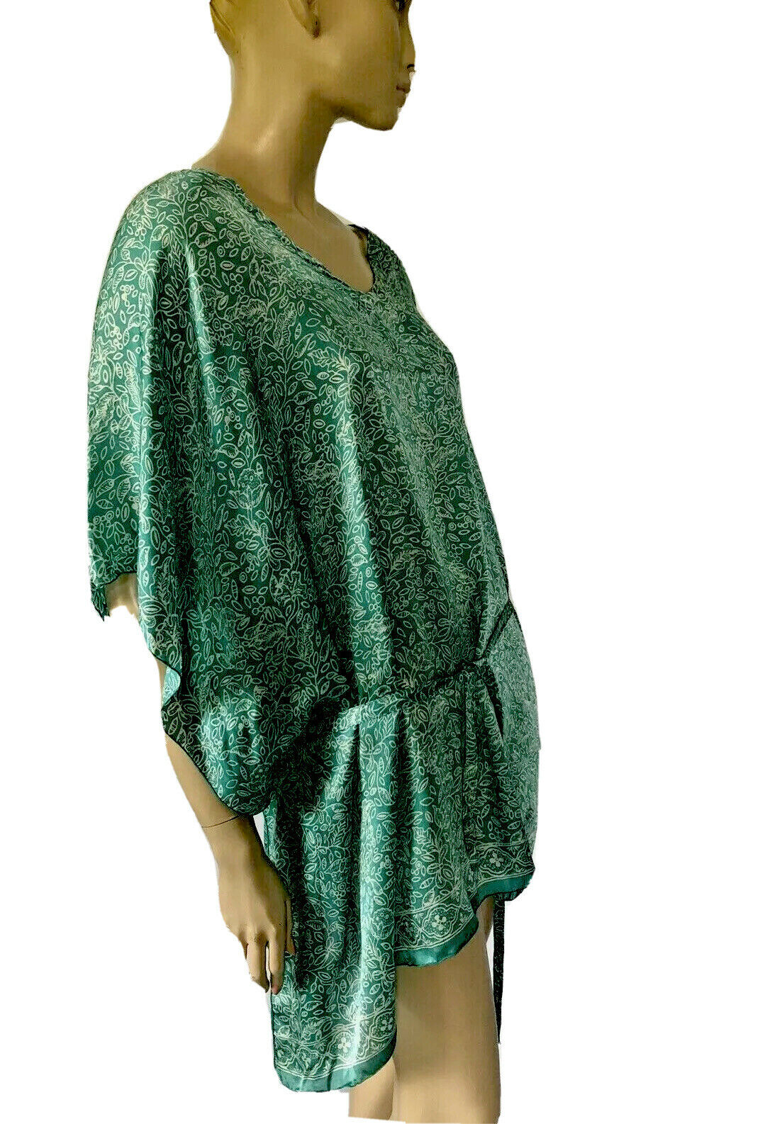 HAND MADE IN INDONESIA GREEN FLORAL PRINT SILK CA… - image 3