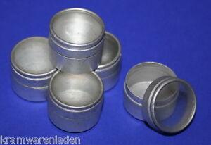 5-uralte-runde-Mini-Blechdosen-mit-Glasdeckel-fuer-Modeladen-Kaufladen-je-2-cm