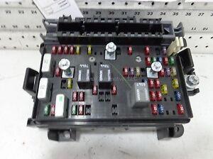 Chevy-Trailblazer-REAR-Fuse-Junction-Box-Assembly-2002-GMC-Envoy