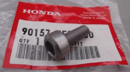 Genuine Honda VFR800 Front Rider Footrest Bracket Mounting Screw 90157-ME9-000