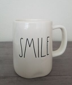 BRAND-NEW-RAE-DUNN-By-Magenta-SMILE-Coffee-Tea-Mug-Farmhouse-Winter-Home-Decor