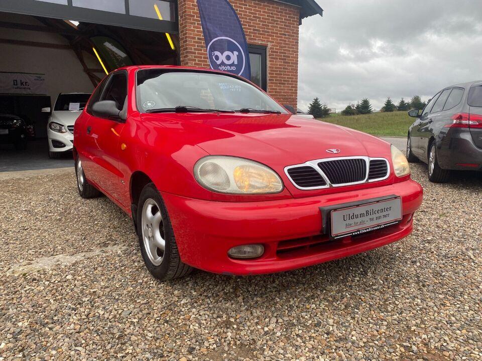 Daewoo Lanos 1,6 SX Benzin modelår 1999 km 232000 Rød træk