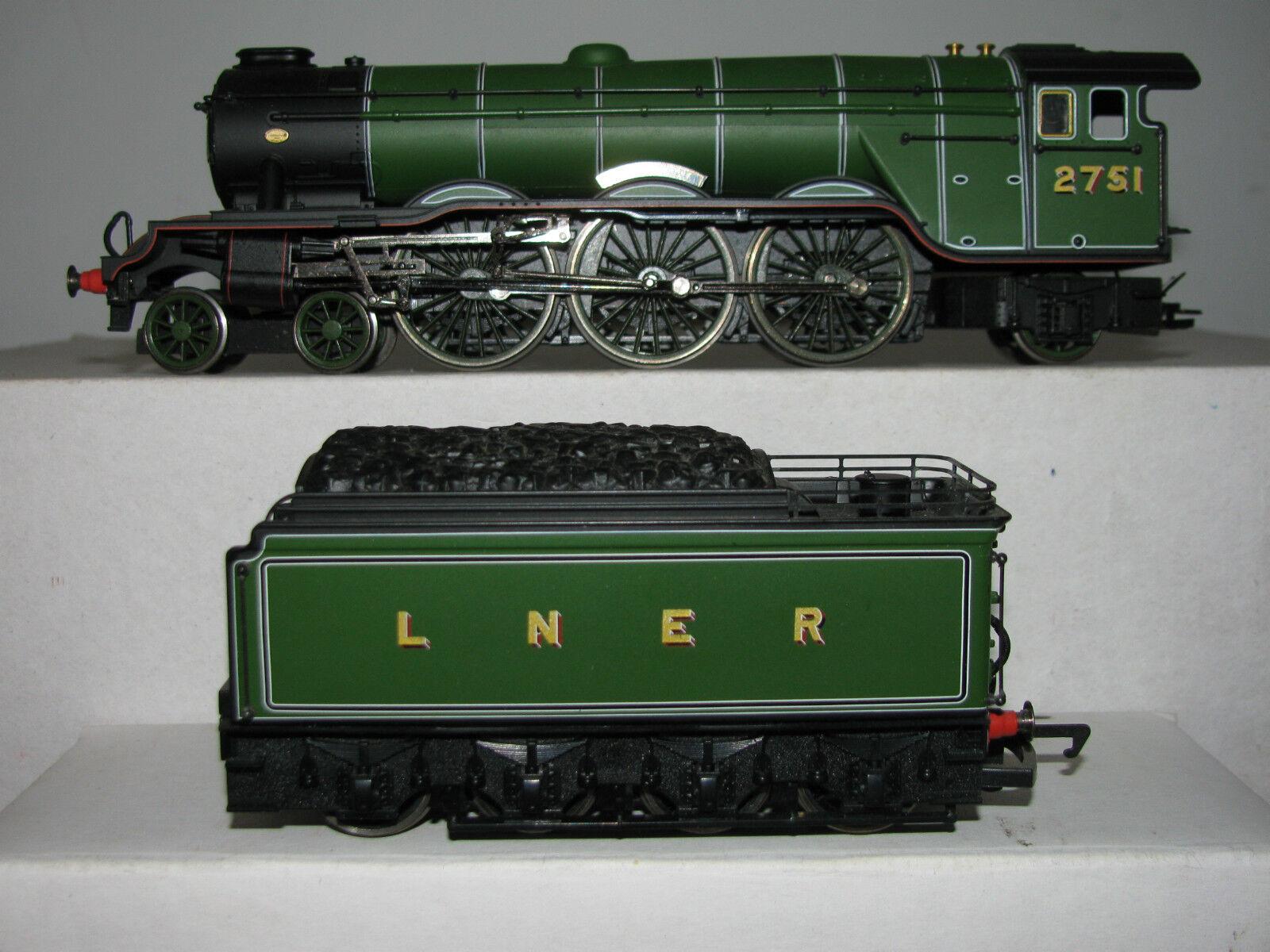 Hornby OO R2265 LNER 4-6-2 Class A3 Locomotive Humorist