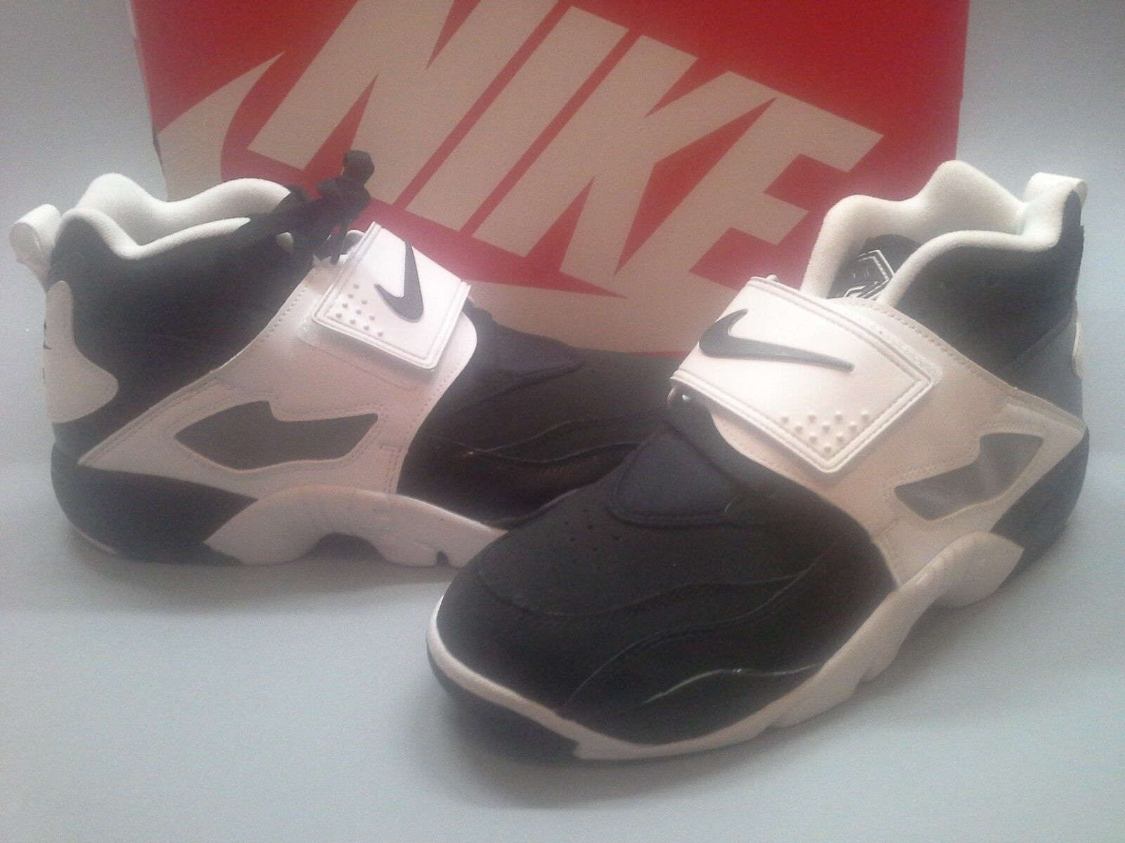 New Nike Air Diamond Turf Black White 309434-021 OREO Speed Trainer 1 I 2 II 9.5