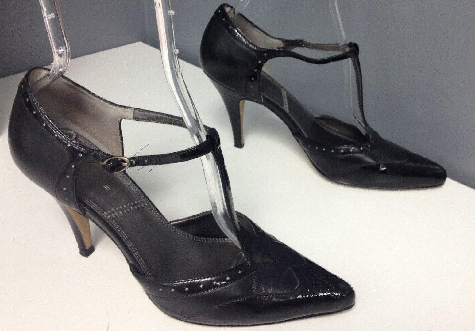 TAHARI Black Leather Pointy Toe T Strap Sz Embossed Top Buckle Heels Sz Strap 8.5 b4086 5f0364