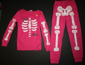 b3e33932ac8a NEW Gymboree Outlet Girls Pink Skeleton Halloween Gymmies PJs 2T 3T ...