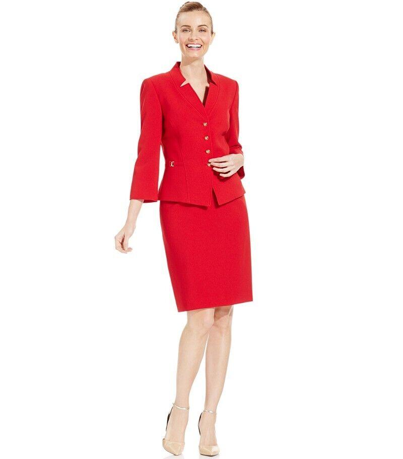 NWT Tahari ASL Petite Four-Button Crepe Skirt Suit, Size 8P