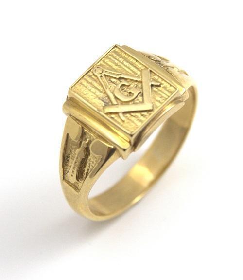 9ct Yellow gold Masonic Freemason Ring Hand Crafted Over 6g  (S59)