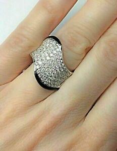 18k-White-Gold-2-27-CT-Pave-Diamond-and-Onyx-Ring-Round-Cut-Diamonds