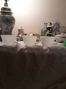 Vintage-Fire-King-Milk-Glass-Coffee-Mug-Cup-Set-Of-3