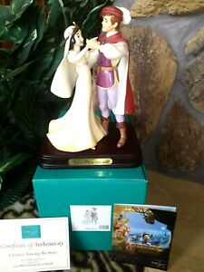 SNOW WHITE AND PRINCE WDCC FIGURINE, A DANCE AMONG THE STARS, w/Catalog,COA,Base