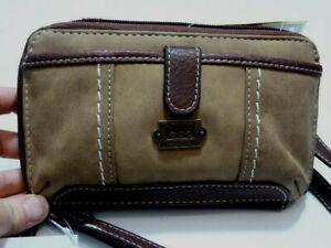 NWT * B O.C Branford Convertible Crossbody Cell phone Wristlet Wallet Bag  RFID