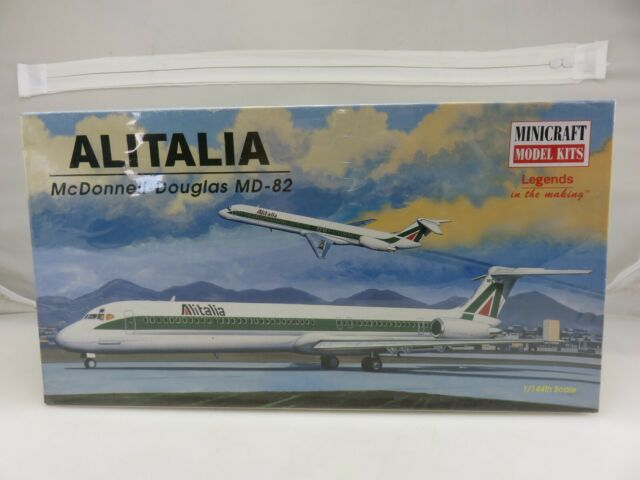 Minicraft McDonnell Douglas DC-8 1//144 scale model aircraft kit