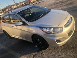 2013 Hyundai Accent in excellent condition