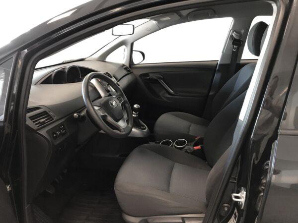 Toyota Sportsvan 1,6 VVT-i T1 Van - billede 5