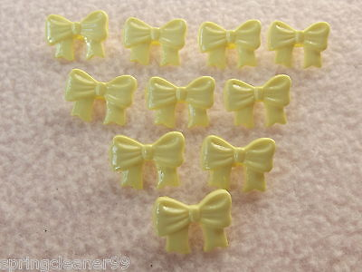 10 x CREAM BOW SHAPED BUTTONS 26L 16mm x 10mm ~ FASHION//CRAFT