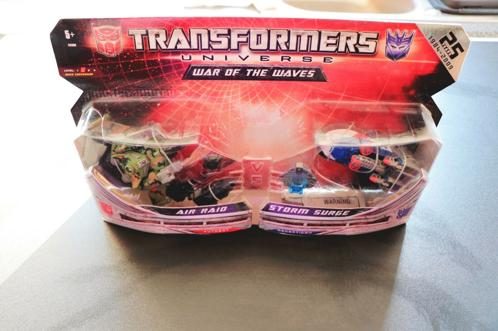TRANSFORMERS AIR RAID & STORM SURGE ACTION FIGURES 25TH ANNIVERSARY SET