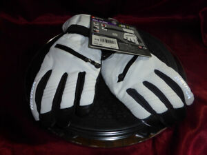 NEVICA-White-with-Black-VAIL-SKI-GLOVES-Size-LARGE-69-99-RRP-Brand-new-unused