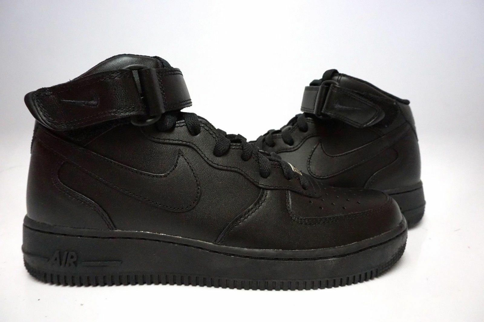 (315123-001) MEN'S NIKE AIR FORCE 1 MID '07 BLACK/BLACK