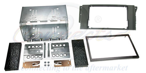 LR DISCOVERY 3 DOUBLE DIN STEREO FACIA KIT CT23LR02