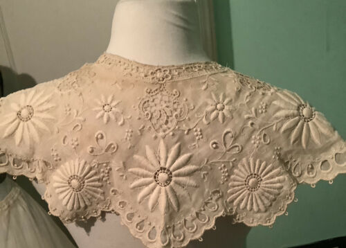 Fabulous Antique Ladies Victorian Dress Collar
