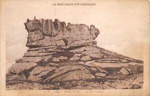 TREGASTEL-El-Rey-Gradlon-Bretana-Pintoresca