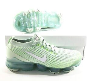 mint green vapormax