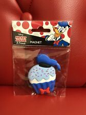 Disney Mickey Mouse Magnet: Donald Cupcake (AAA)