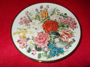 FLOWERS-OF-THE-WORLD-RHS-PLATE