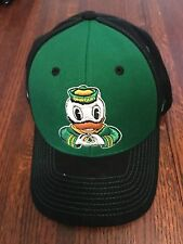 Oregon Ducks Snapback Hat Cap Zephyr The Z Hat White Black Green Logo VGC
