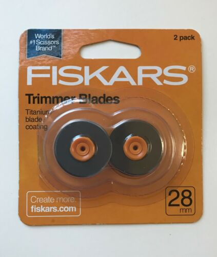 2 blade pack Fiskars Rotary Trimmer Titanium Replacement Blade 28mm Straight