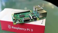 Raspberry Pi 3 Model B 1.2 GHz 64-bit Quad core ARM CPU with WiFi & Bluetooth